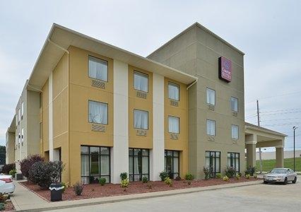 Comfort Suites Jackson-Cape Girardeau image 0