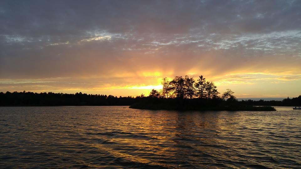 Dixon Lake Resort image 2