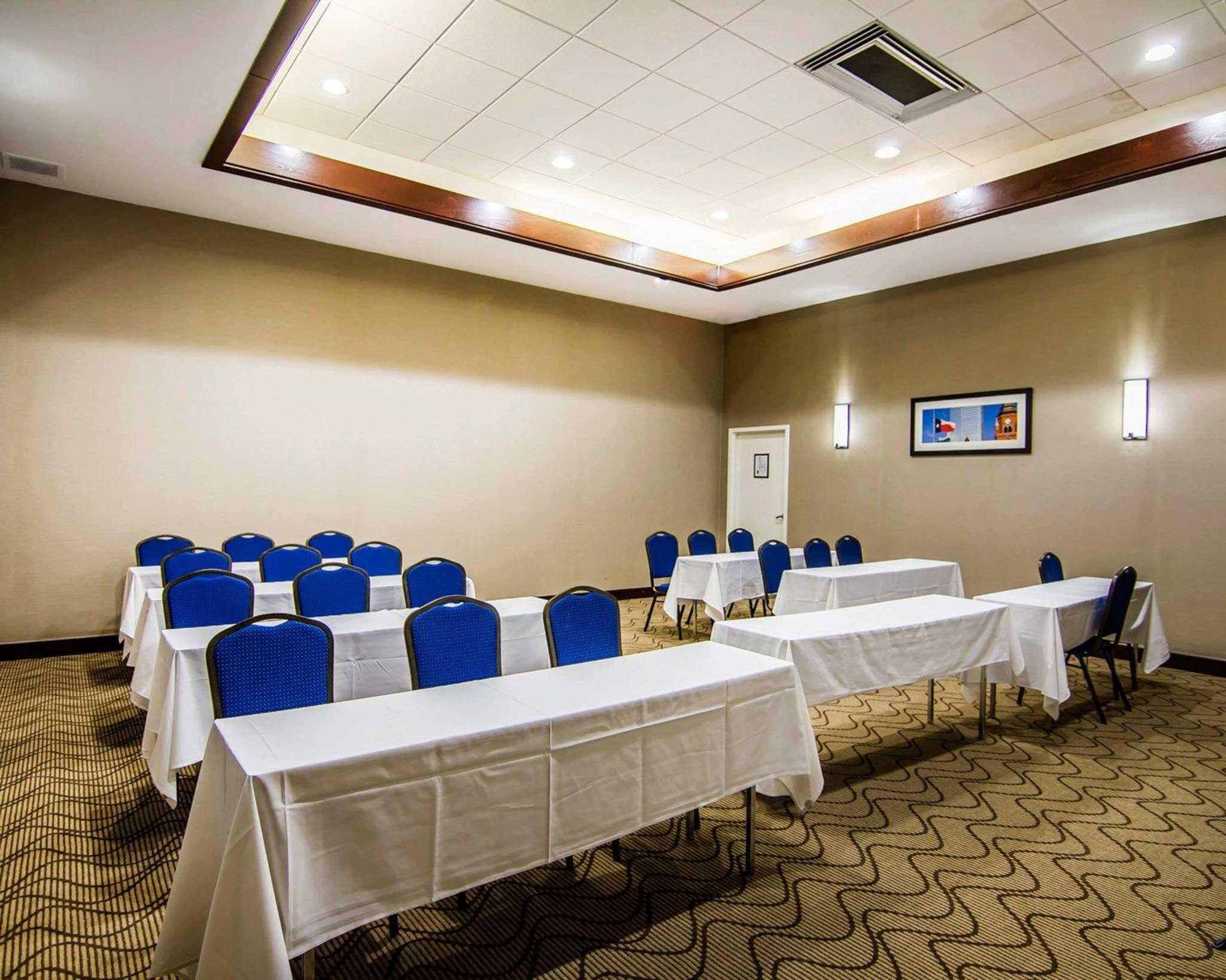 Comfort Inn & Suites Plano East image 28
