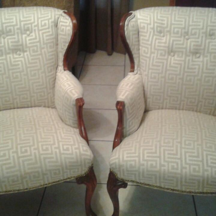 JR Fine Custom Upholstery image 0
