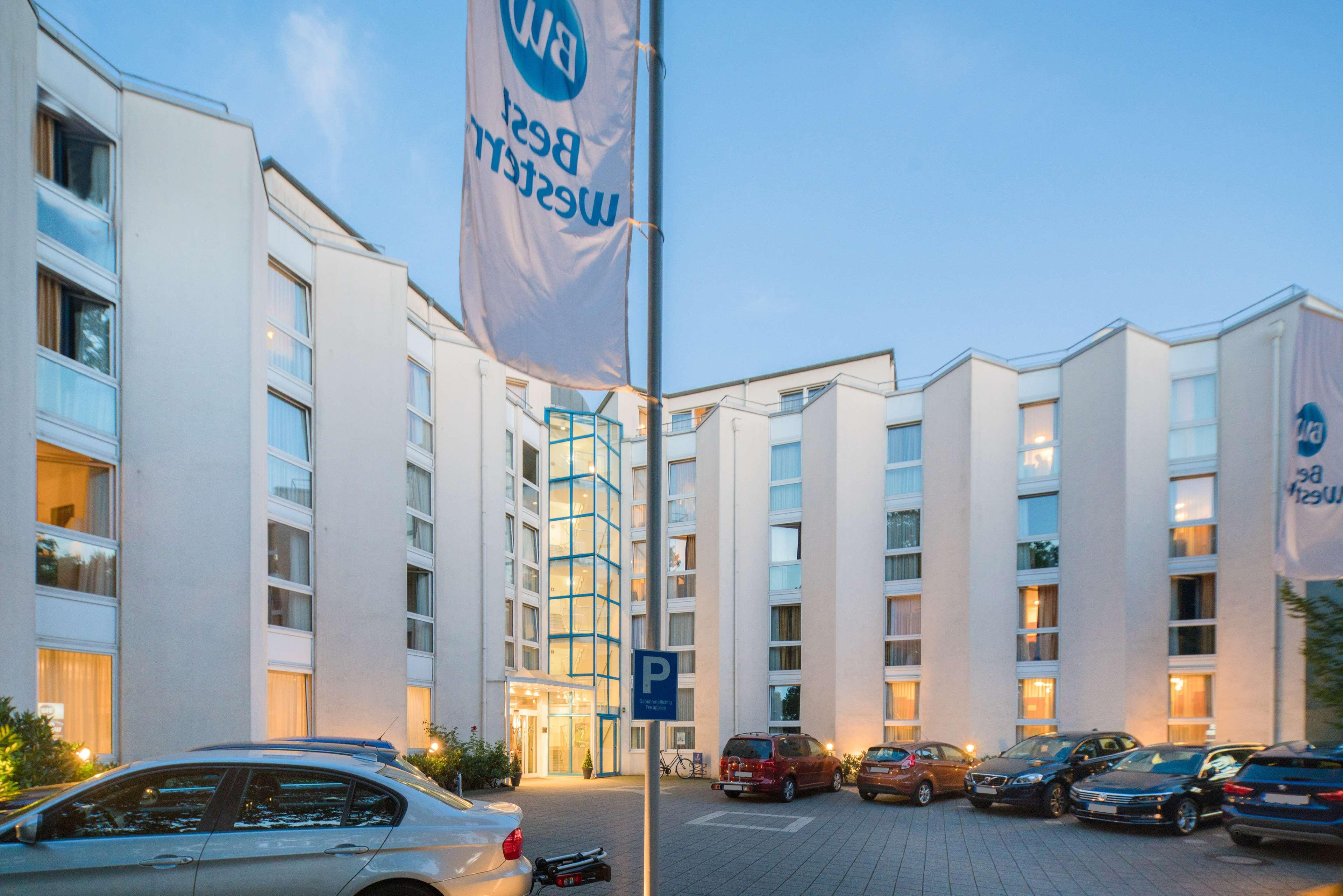 Best Western Hotel Ypsilon, Mueller-Breslau-Strasse 18-20 in Essen