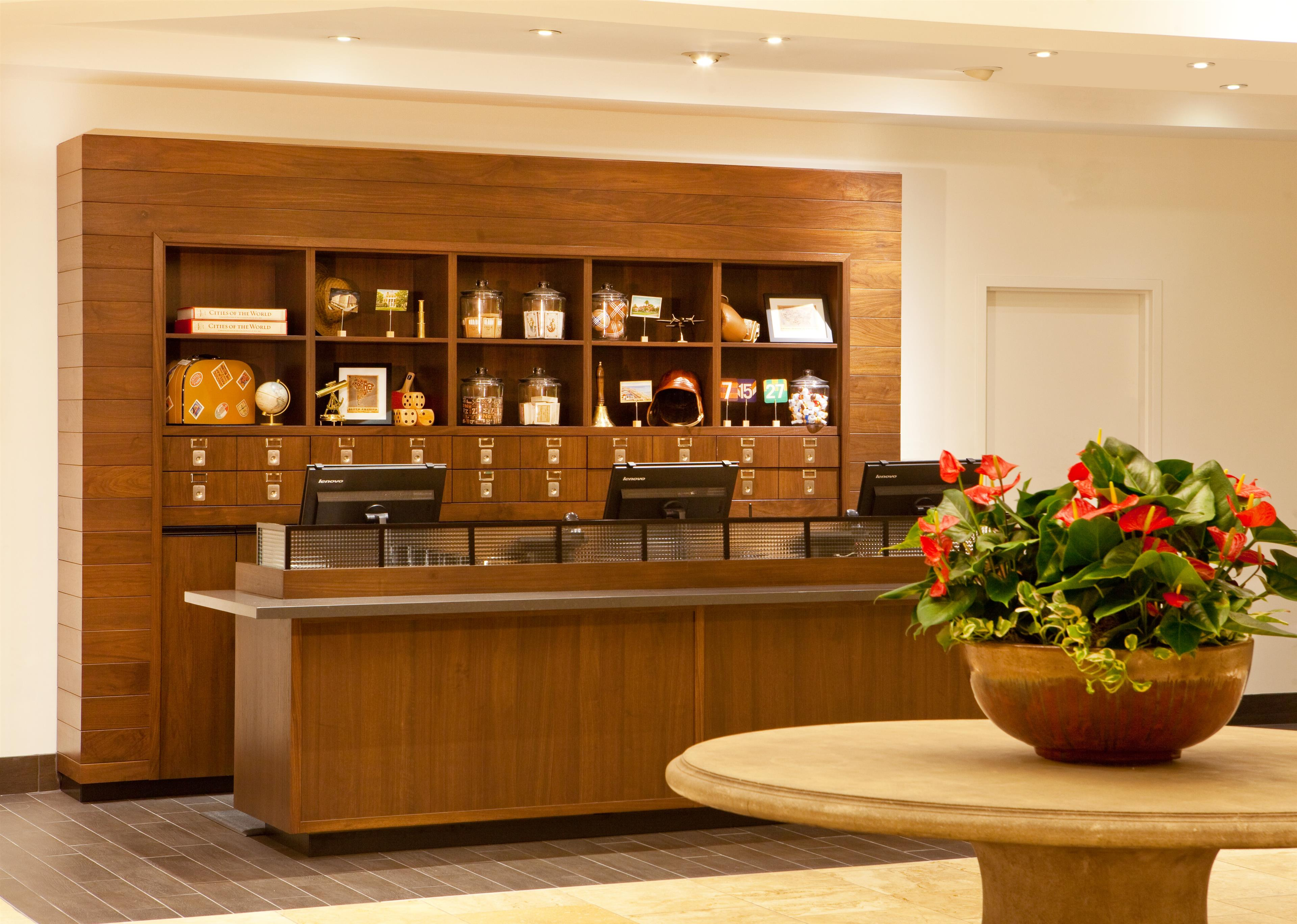 Four Points by Sheraton Phoenix North image 2