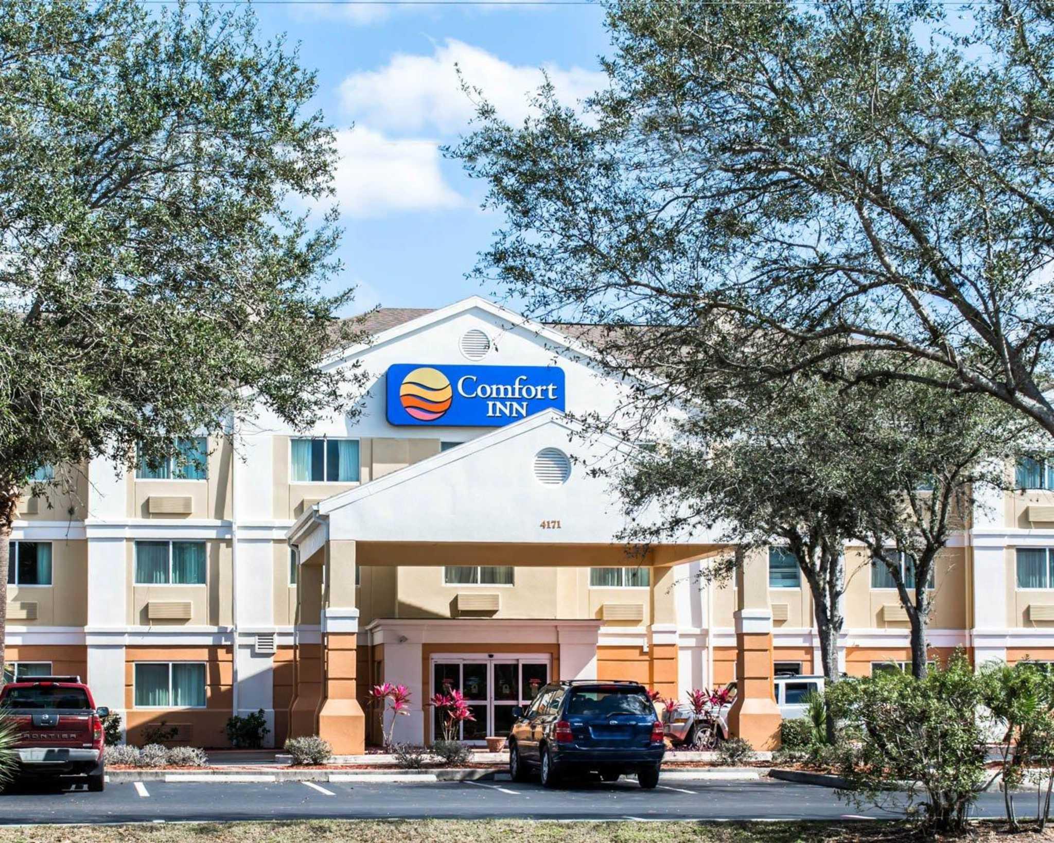 Comfort Inn Fort Myers Northeast image 1