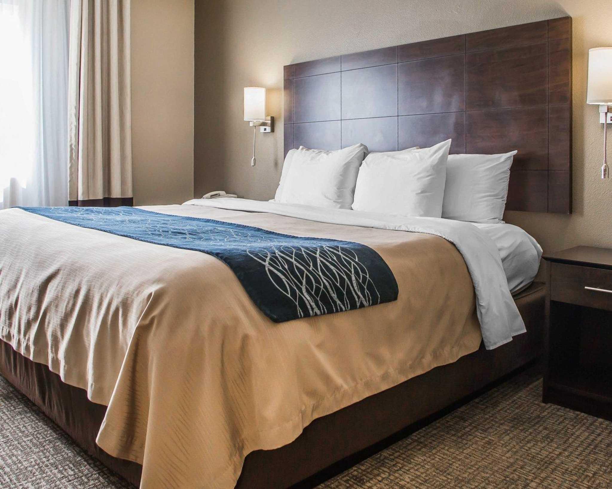 Comfort Inn & Suites Waterloo – Cedar Falls image 26