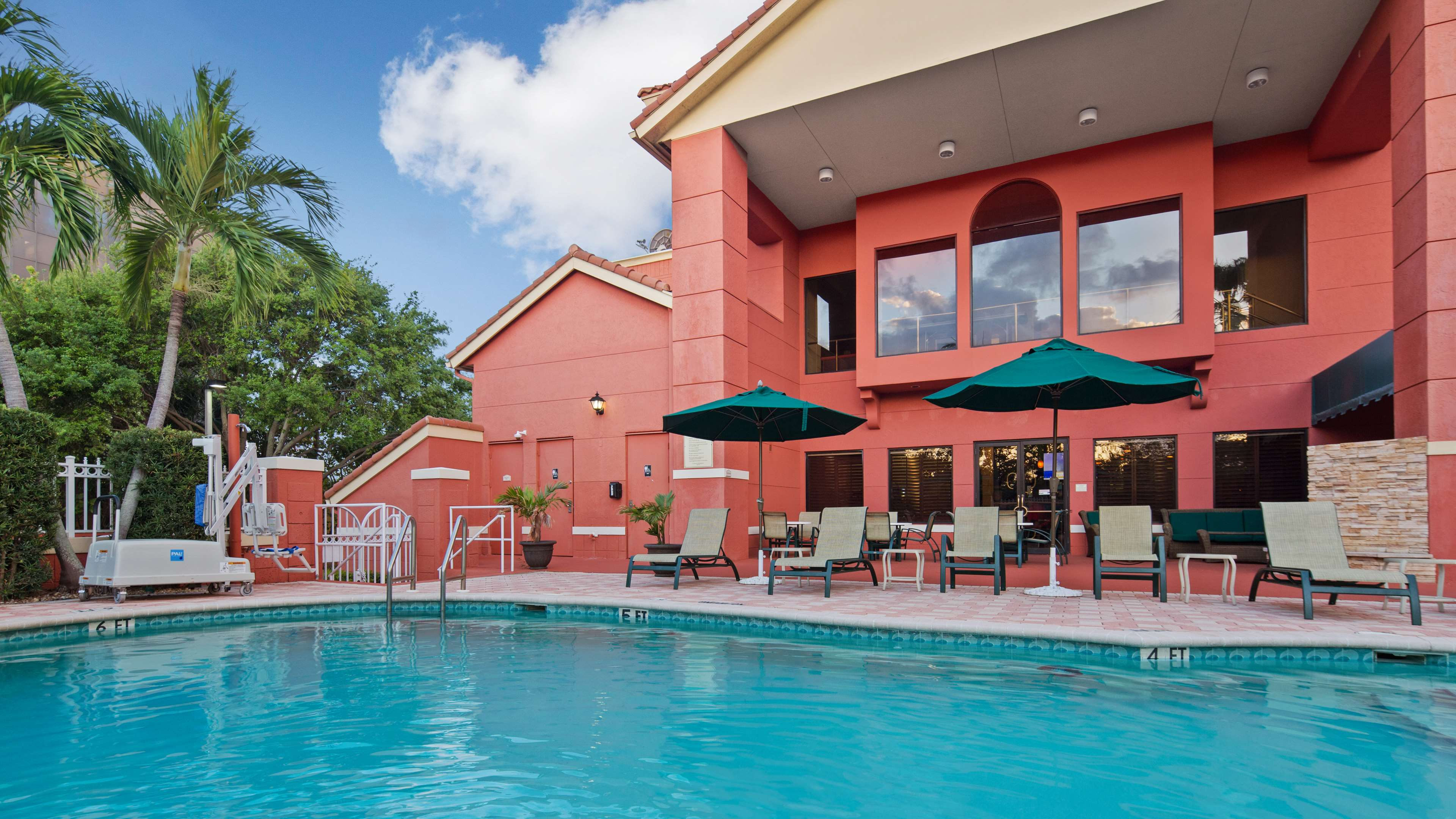 Best Western Plus Palm Beach Gardens Hotel & Suites and Conference Ct image 1