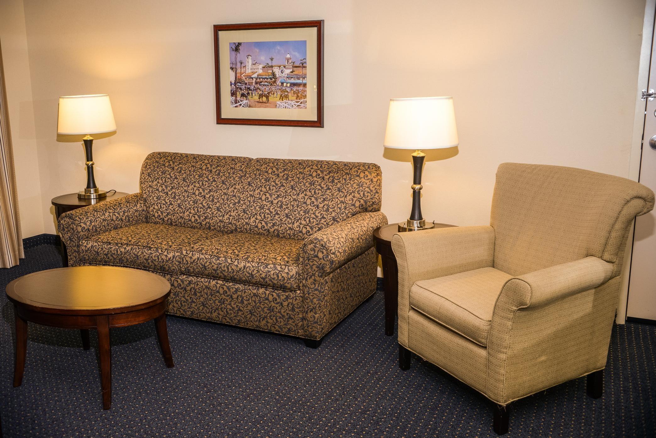 In suite livingroom