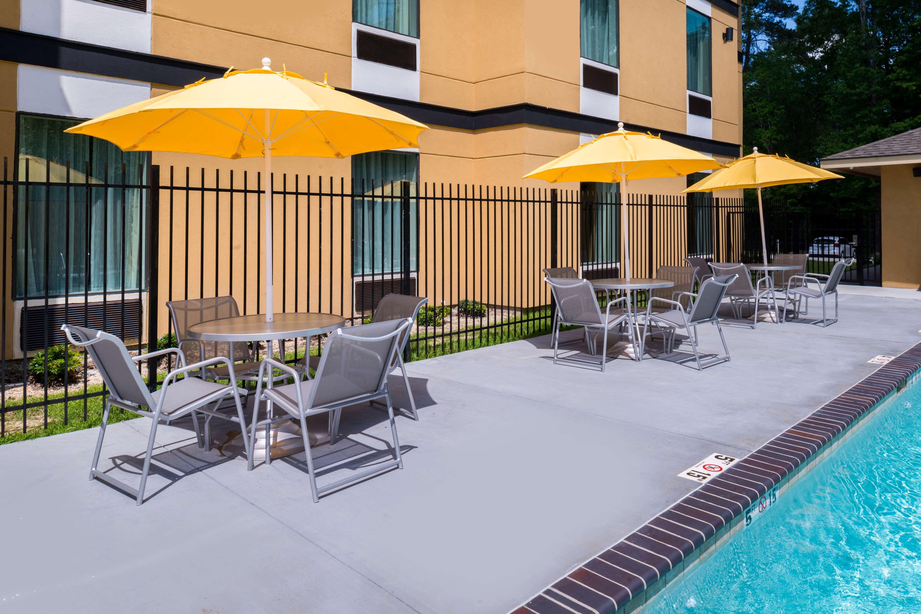 Best Western Plus Regency Park Hotel image 21
