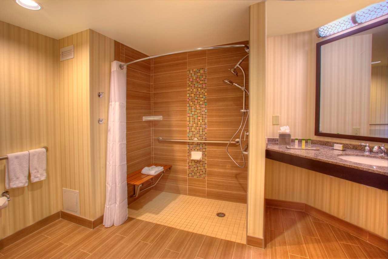 DoubleTree Suites by Hilton Orlando - Disney Springs Area image 7