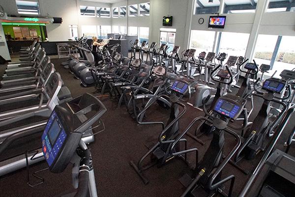 santa clarita athletic club in newhall ca 91321 citysearch. Black Bedroom Furniture Sets. Home Design Ideas