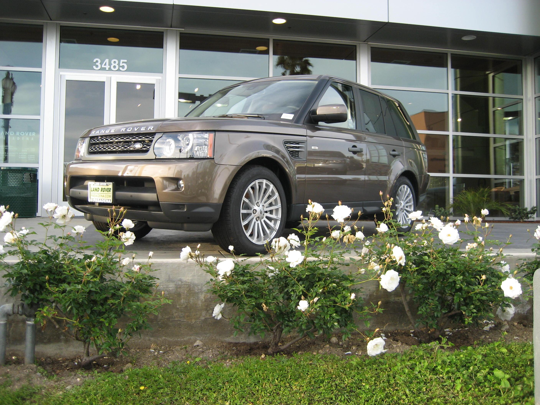 Land Rover Pasadena image 1