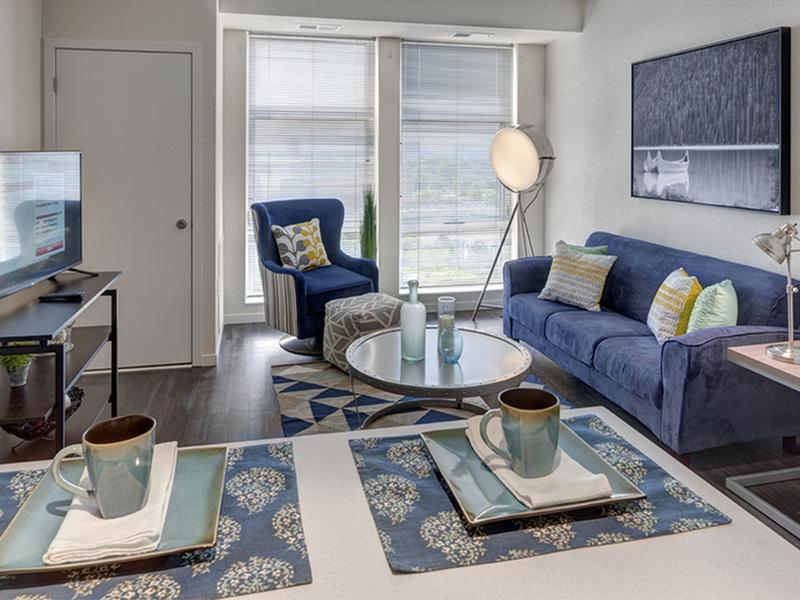 WaHu Apartments image 0