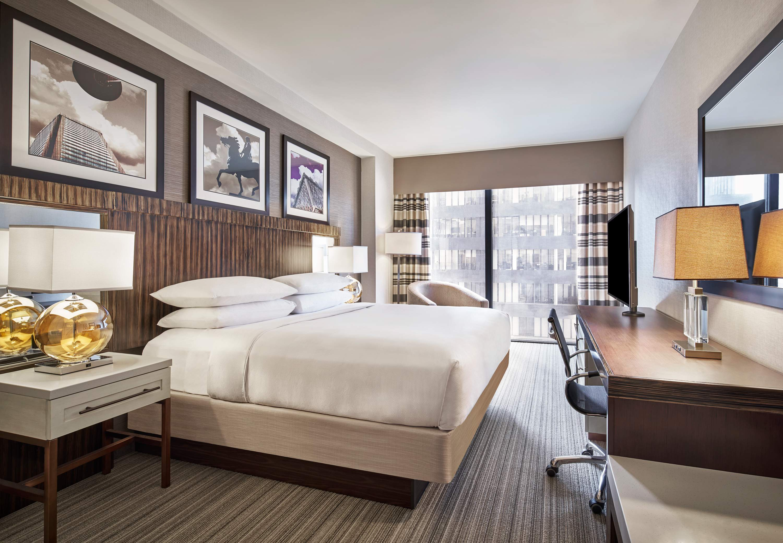 Delta Hotels by Marriott Baltimore Inner Harbor image 4