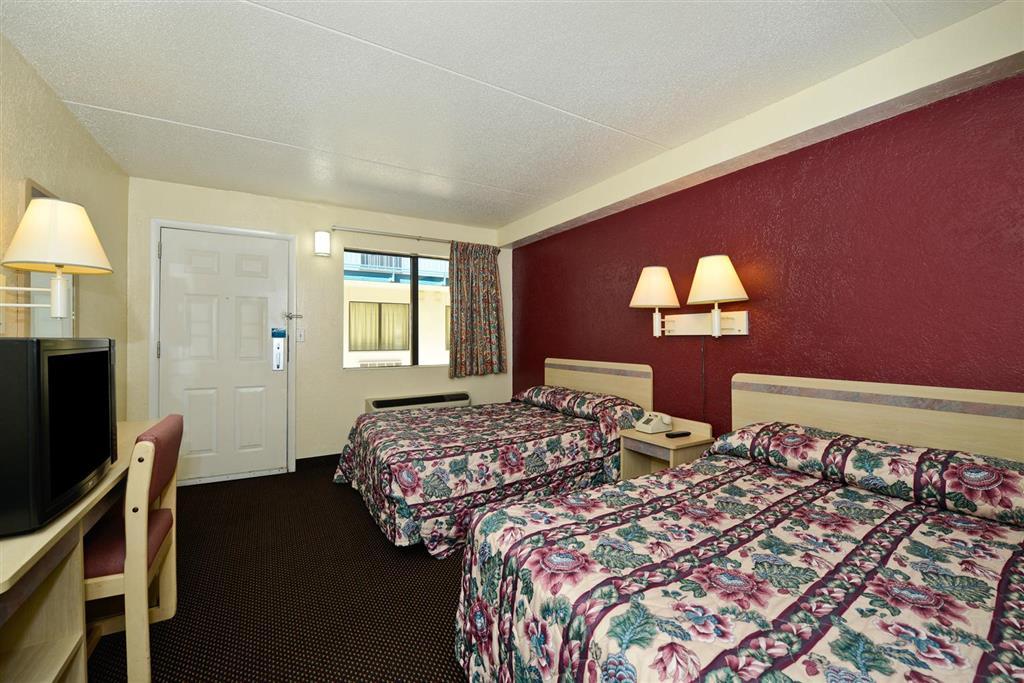 Americas Best Value Inn image 5