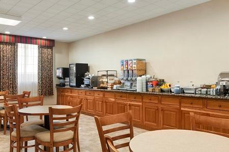 Country Inn & Suites by Radisson, San Jose International Airport, CA image 2