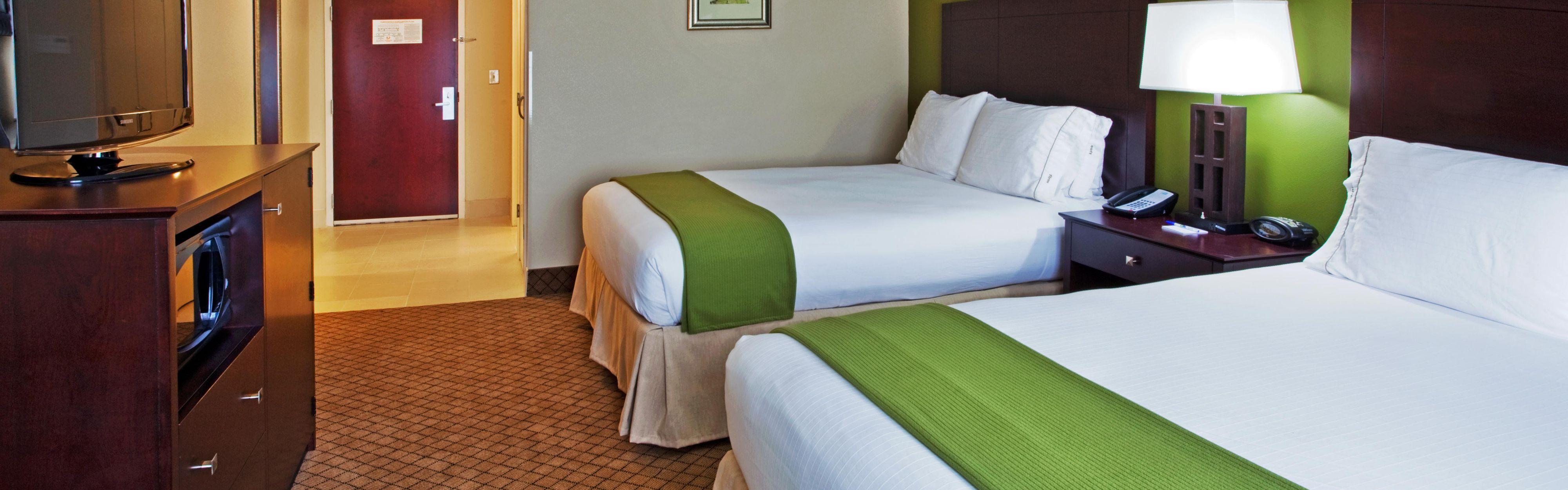 Holiday Inn Express & Suites Columbus-Fort Benning image 1