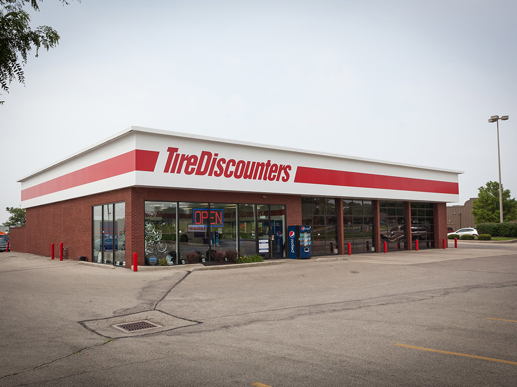 Tire Discounters 4465 Feedwire Rd Dayton Oh Tire Dealers Mapquest