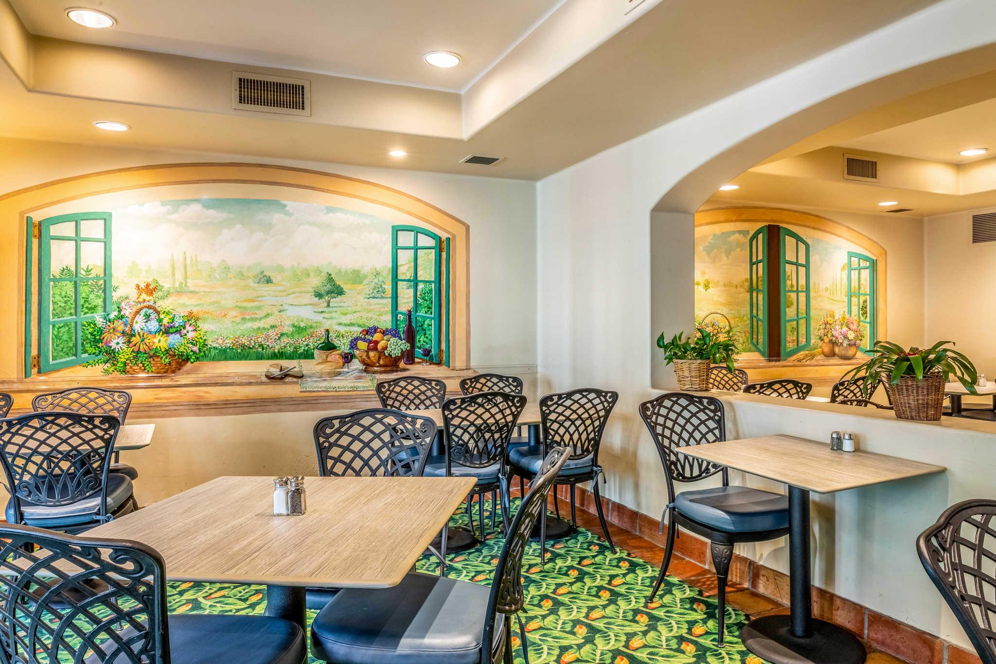 Quality Suites Downtown San Luis Obispo image 19