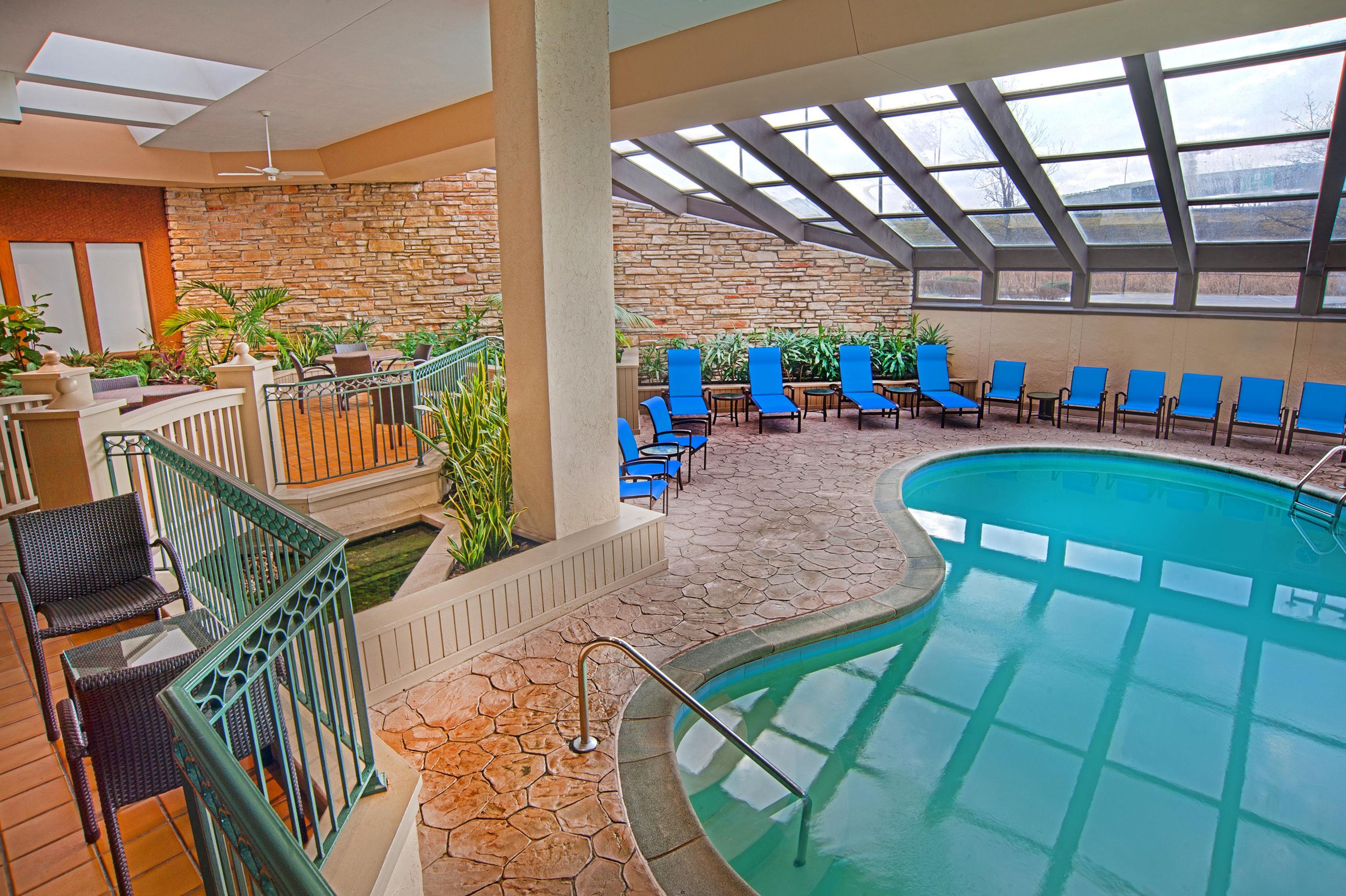 Sheraton Westport Plaza Hotel St. Louis image 3