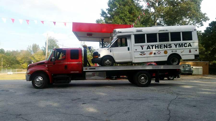 HPC Auto Towing Services image 1