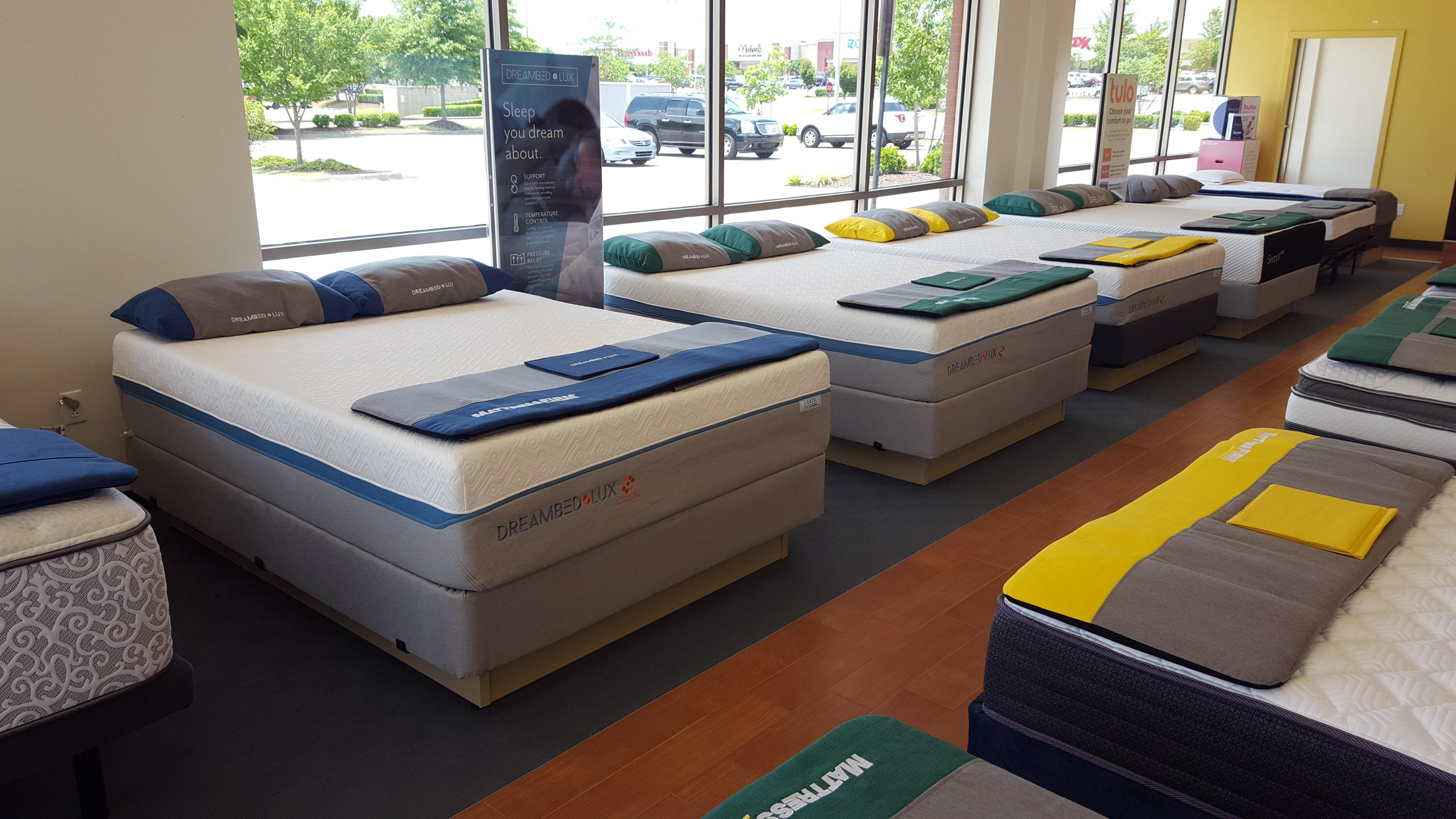 Mattress Firm Wedge Olive Branch image 5