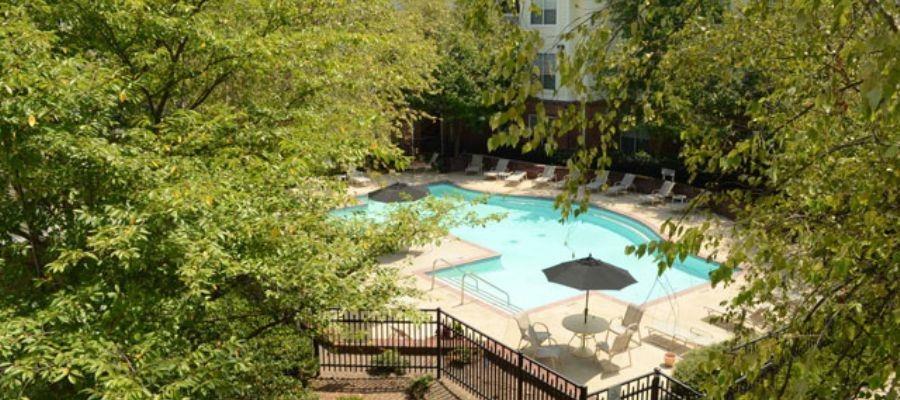 Wyndchase Bellevue Apartments image 3
