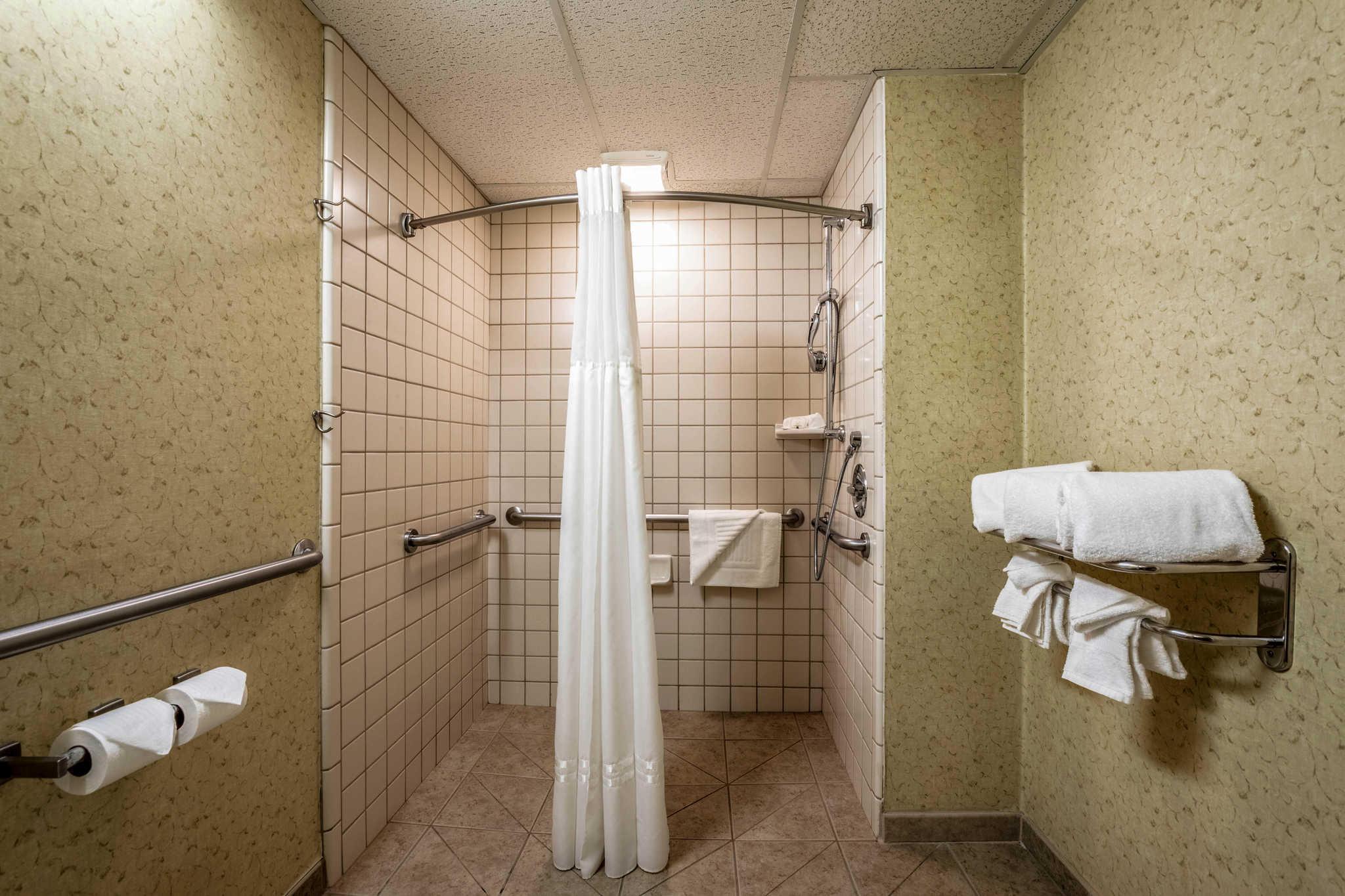 Quality Suites Downtown San Luis Obispo image 15