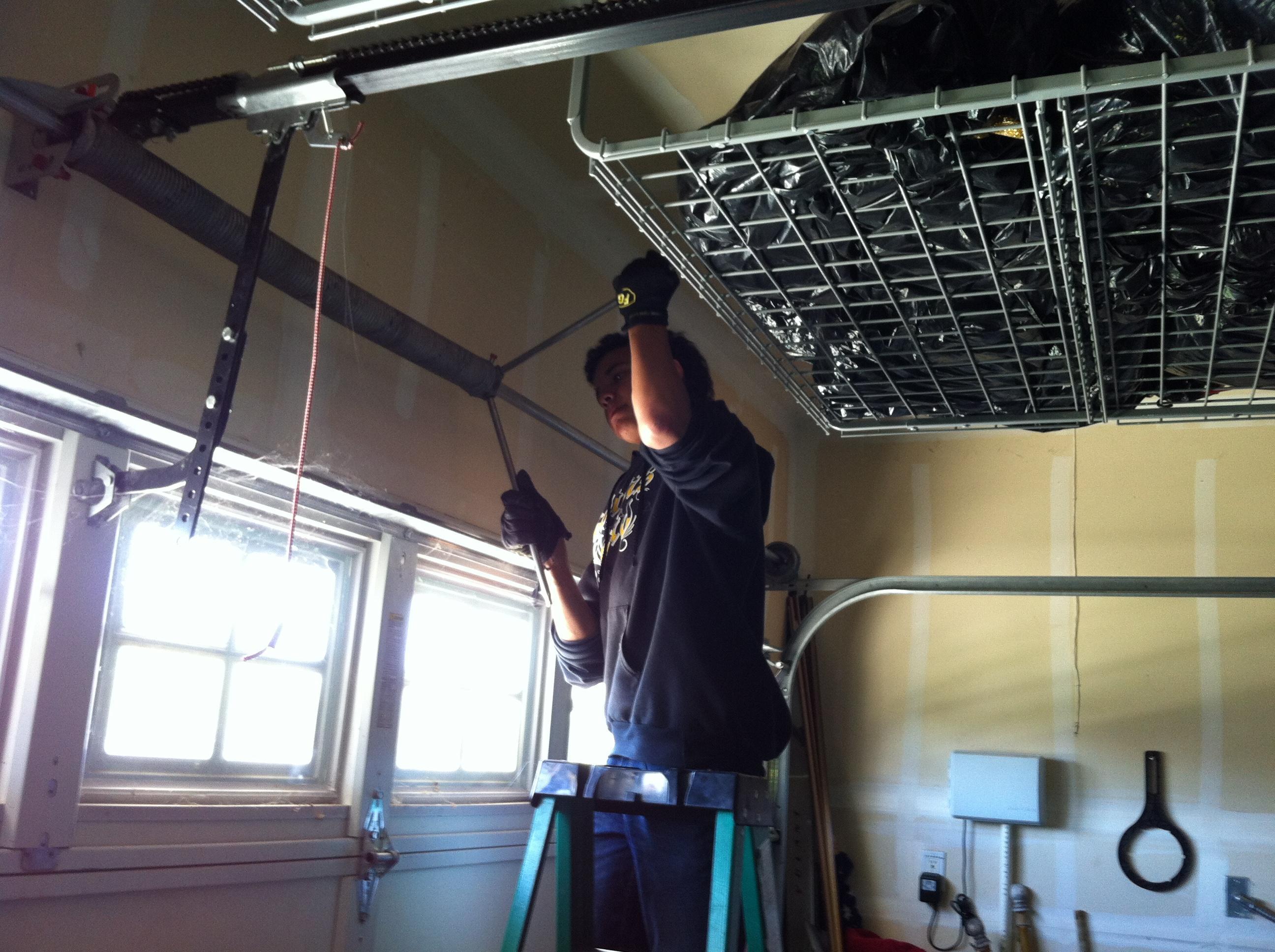 Anthony 39 s garage door service inc in brentwood ca for Brentwood garage door