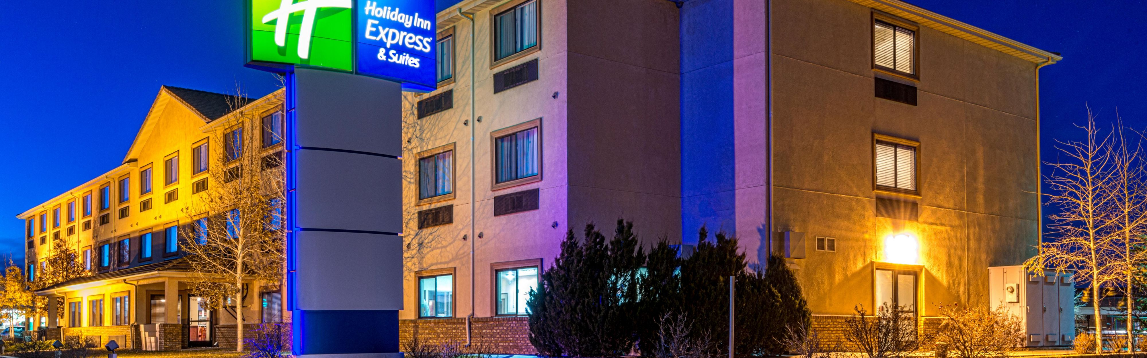 Holiday Inn Express & Suites Alamosa image 0