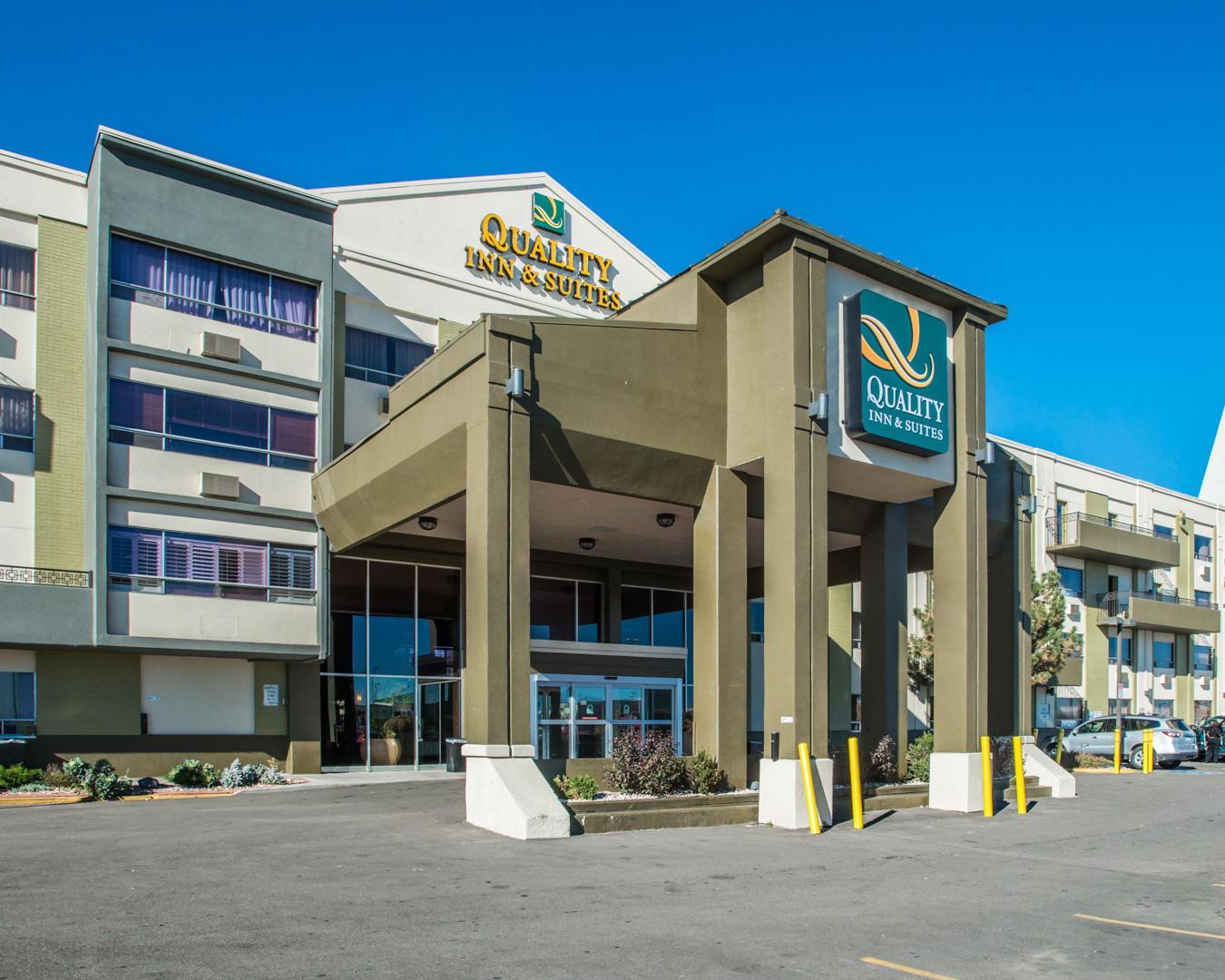Quality Inn  U0026 Suites Denver Stapleton In Denver  Co