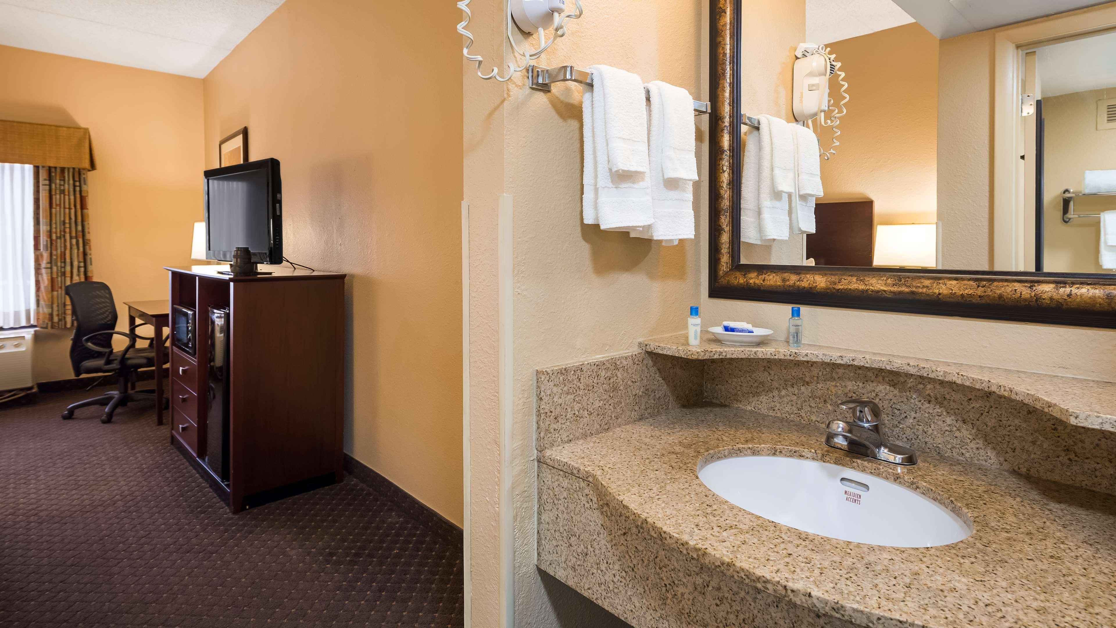 Best Western Executive Hotel image 10