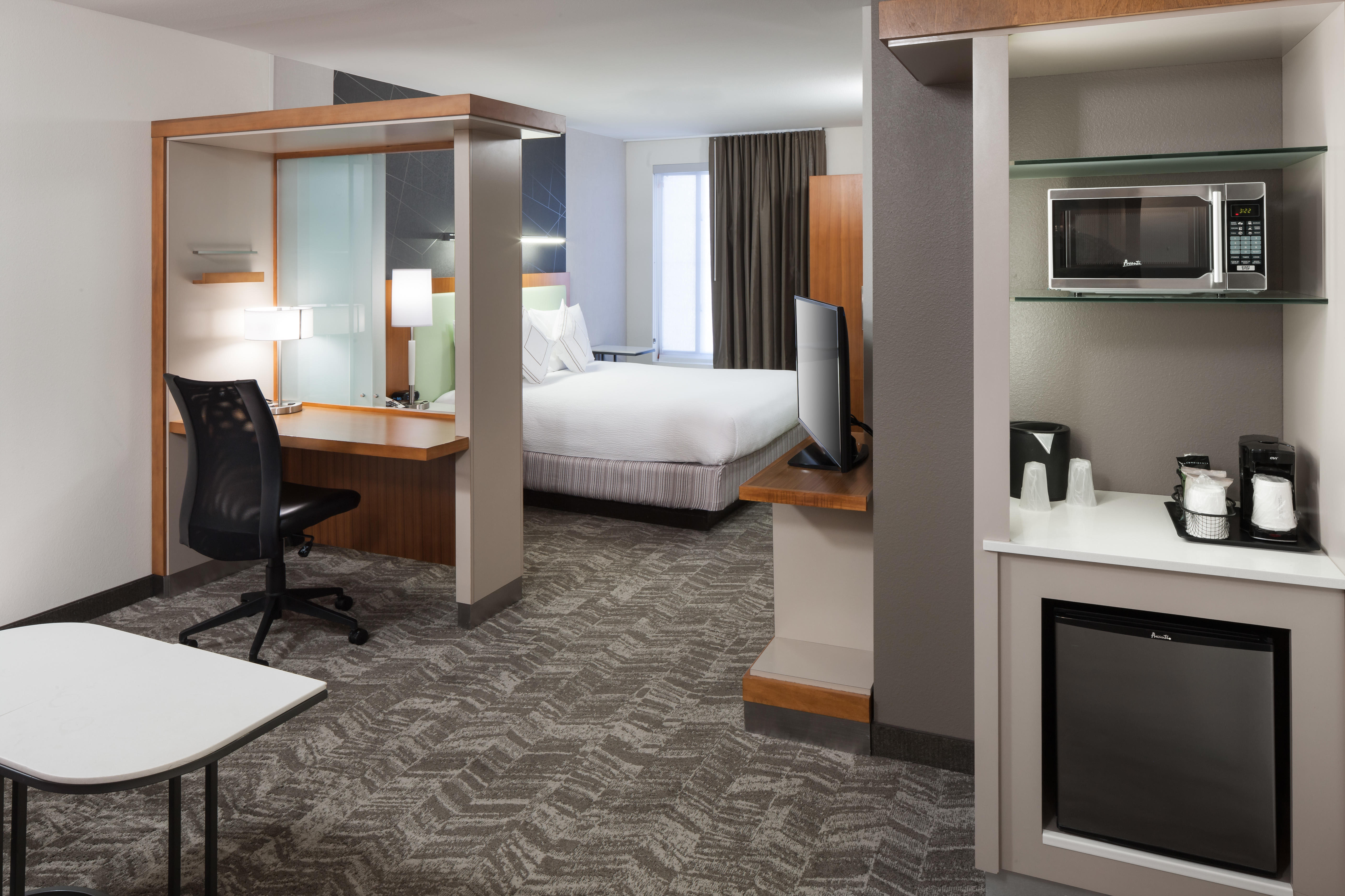 SpringHill Suites by Marriott Salt Lake City Airport image 1