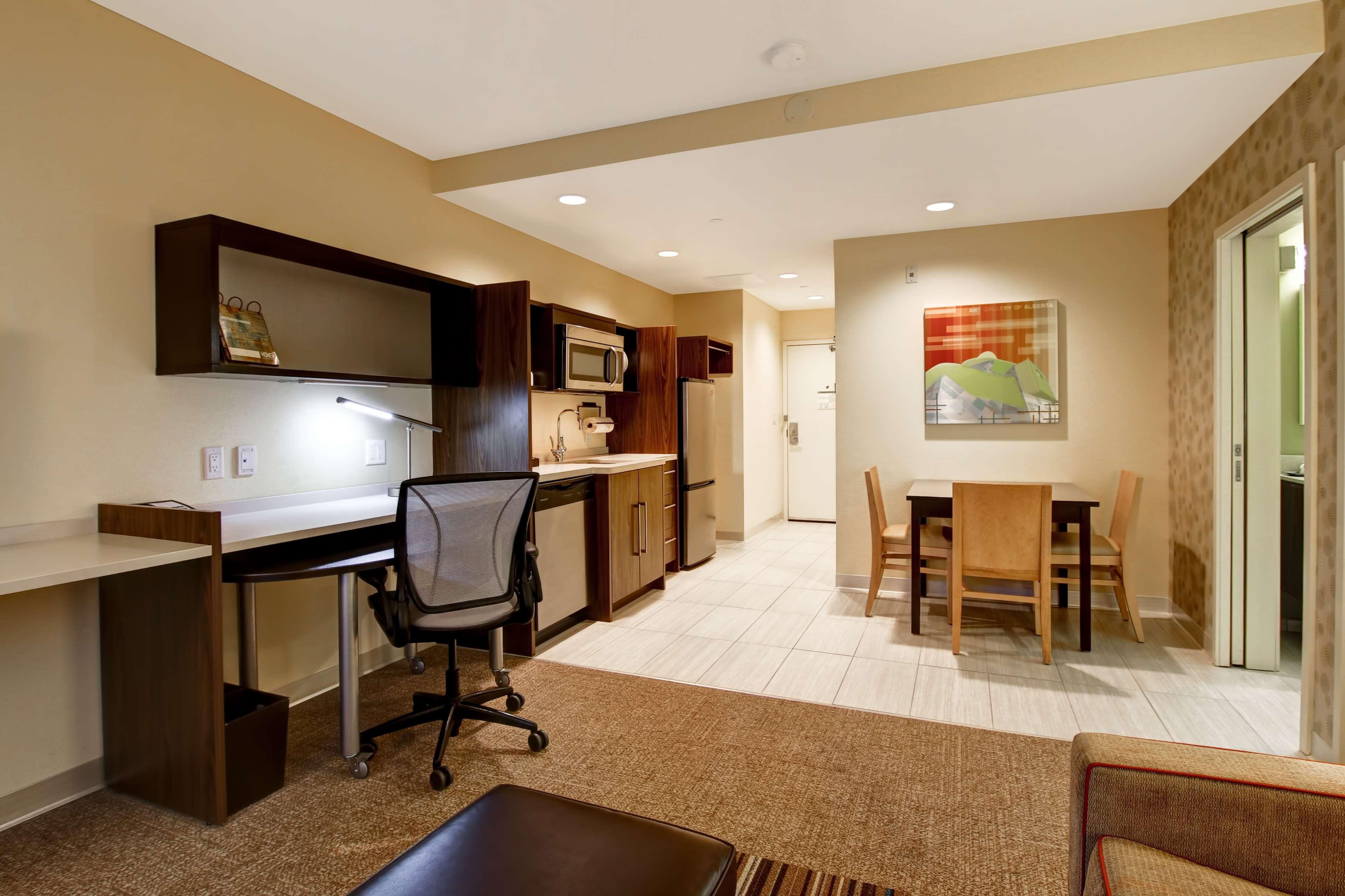 Home2 Suites by Hilton West Edmonton, Alberta, Canada in Edmonton: Guest room