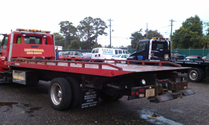 We are the original full service towing company in the Daytona Area, boasting many years of service to our community, we are the best in town.