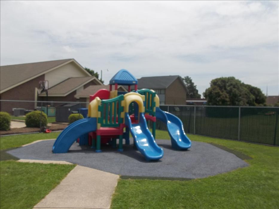 Red Bank KinderCare image 28