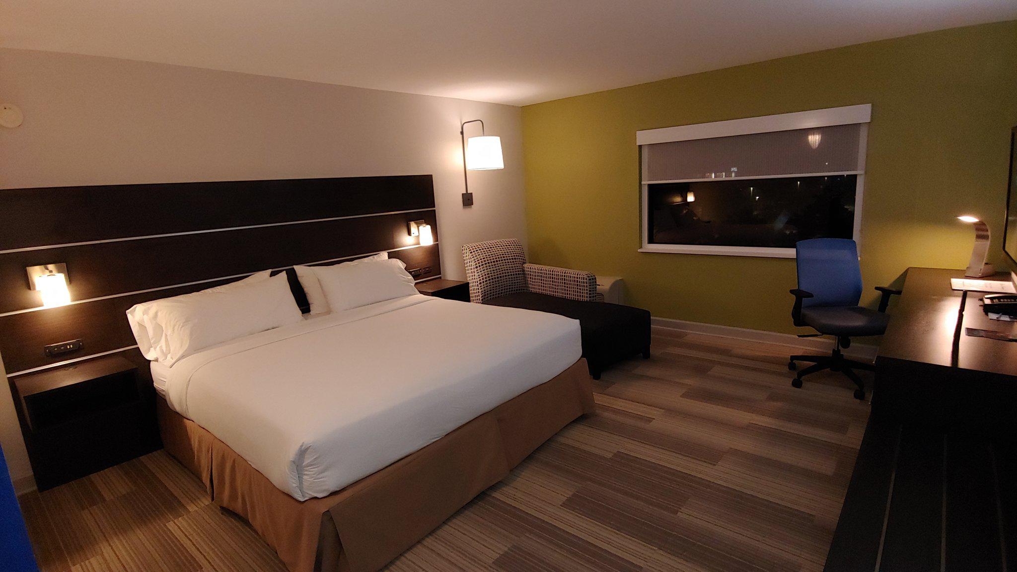 Holiday Inn Express Rolling Mdws-Schaumburg Area in Rolling Meadows, IL, photo #23