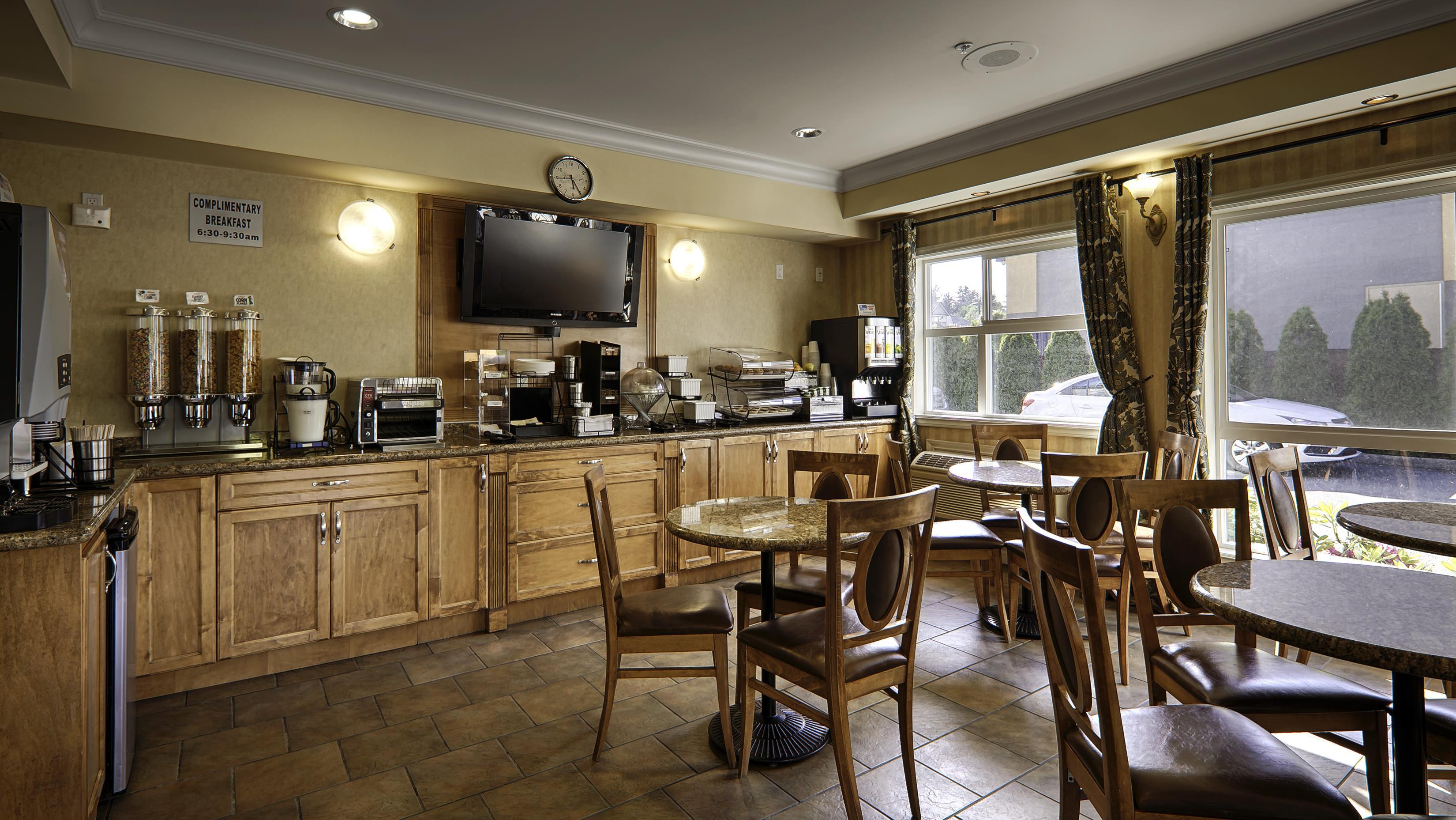 Best Western Peace Arch Inn in Surrey: Breakfast Area