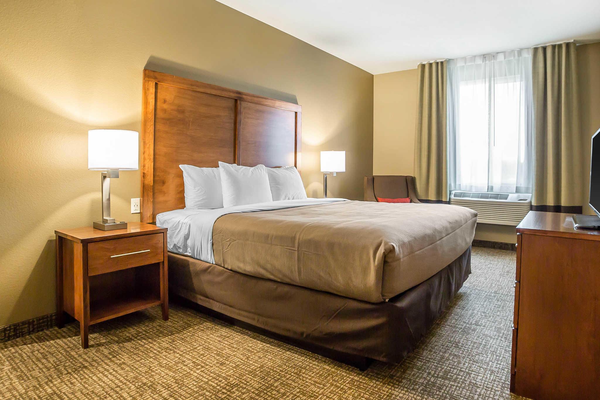 Comfort Inn & Suites Near Mt. Rushmore image 22