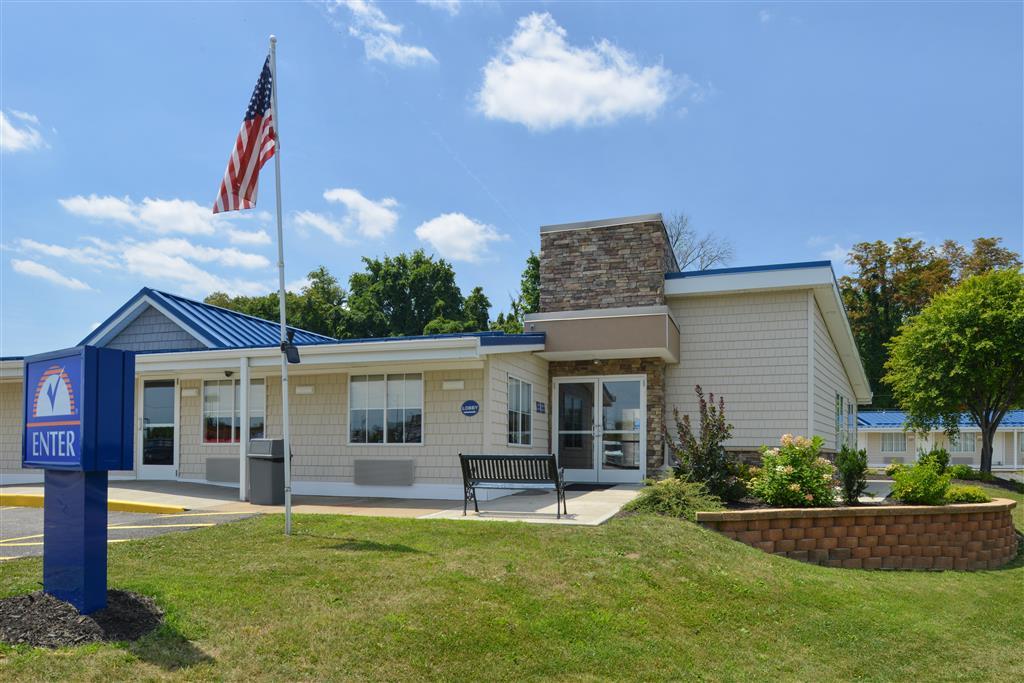 Americas Best Value Inn - St. Clairsville/Wheeling image 4