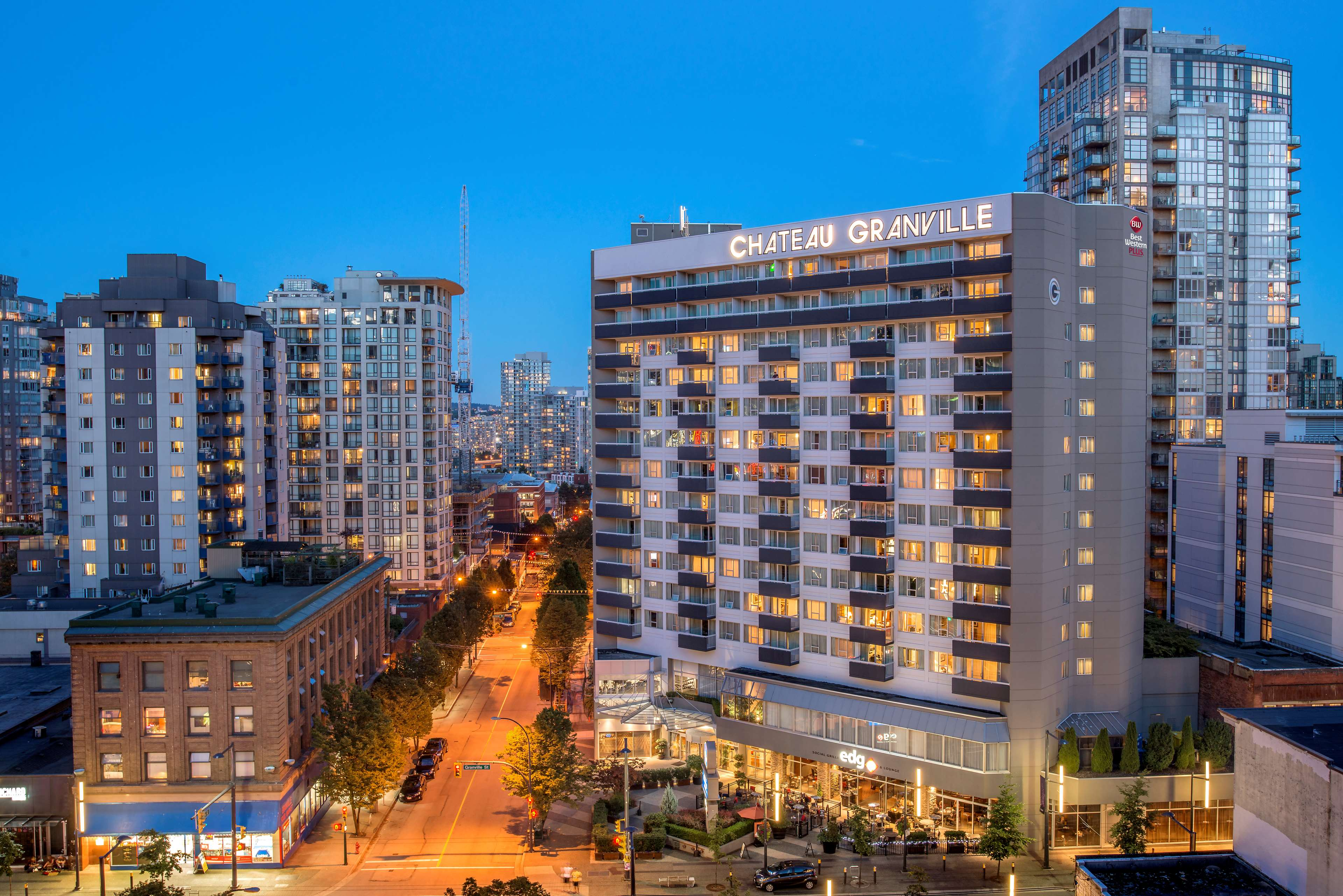Best Western Plus Chateau Granville Hotel & Suites & Conference Ctr. in Vancouver: Exterior