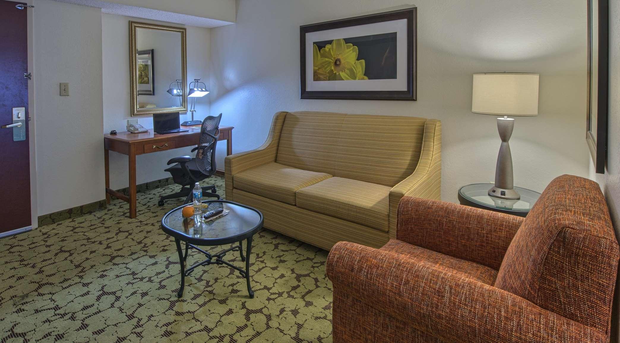 Hilton Garden Inn Auburn/Opelika 2555 Hilton Garden Drive Auburn, AL ...