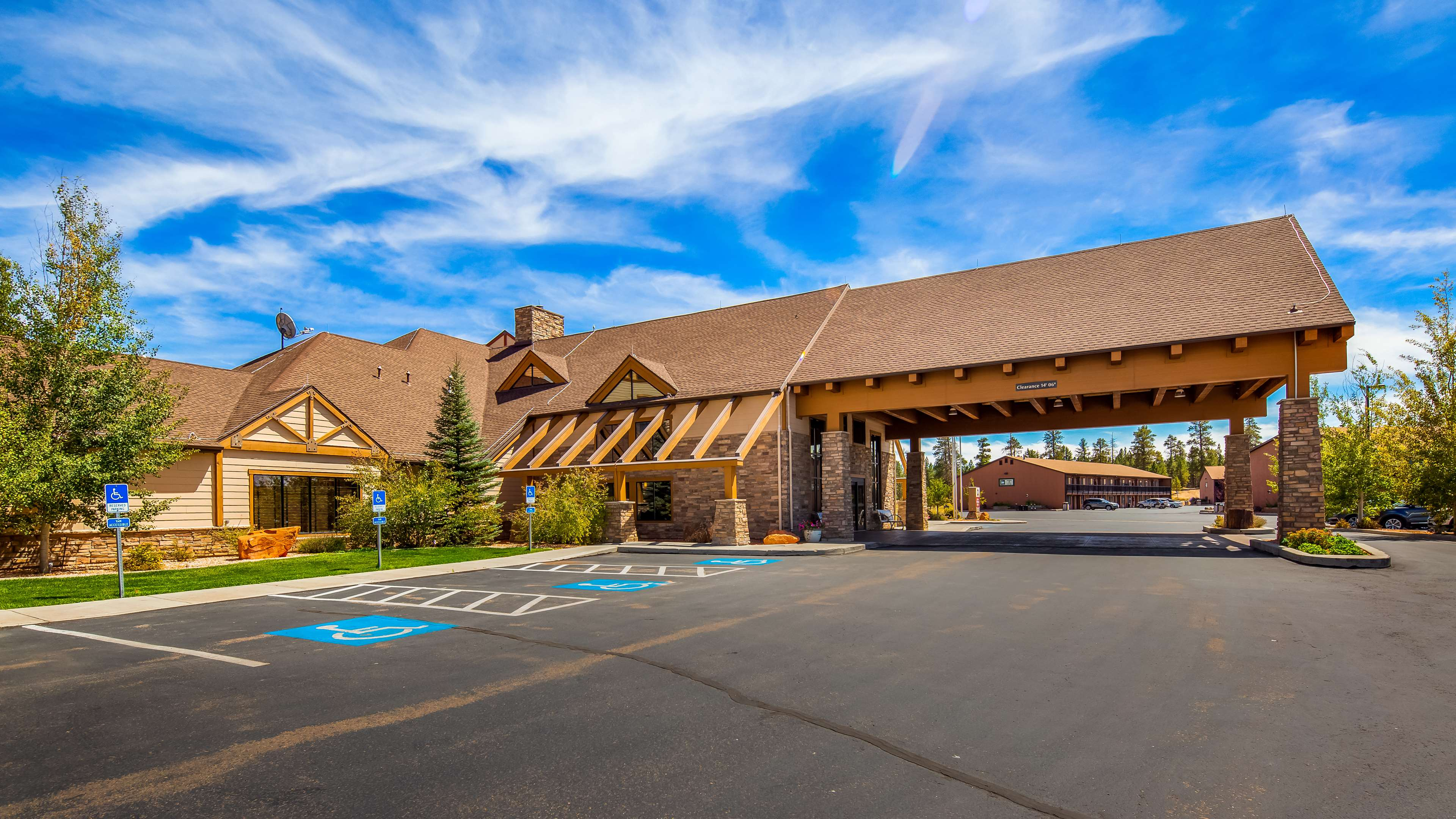 Best Western Plus Bryce Canyon Grand Hotel image 2