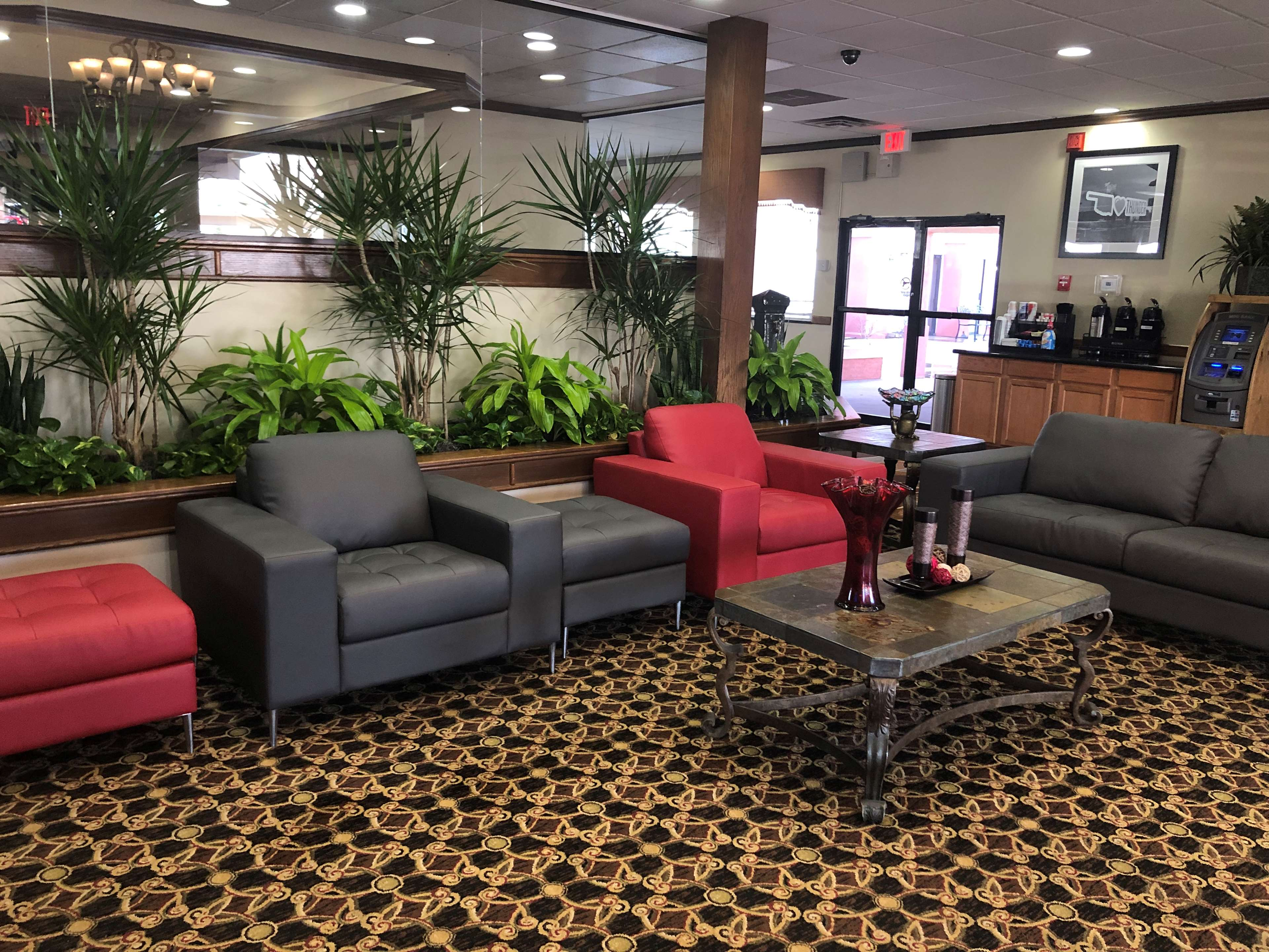 SureStay Plus Hotel by Best Western Oklahoma City North image 3