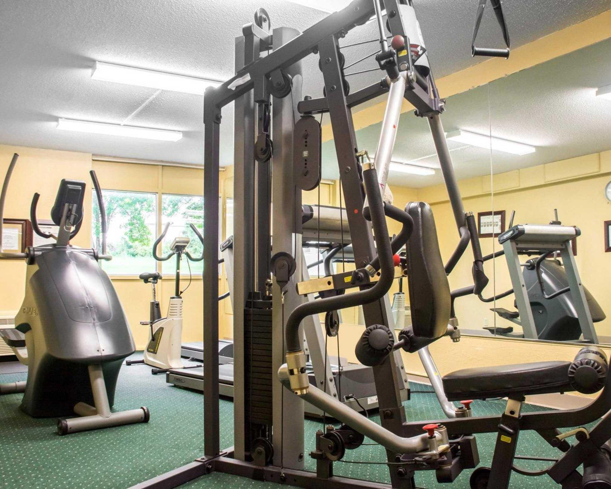 Quality Inn & Suites Fairgrounds image 26