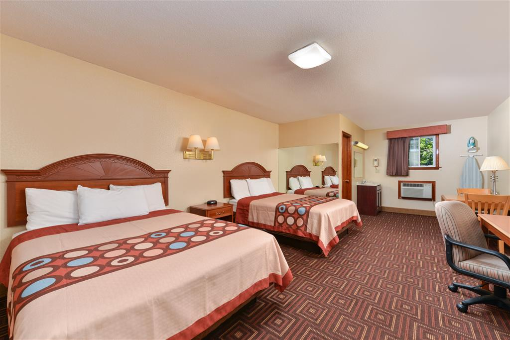 Americas Best Value Inn - Branford image 8