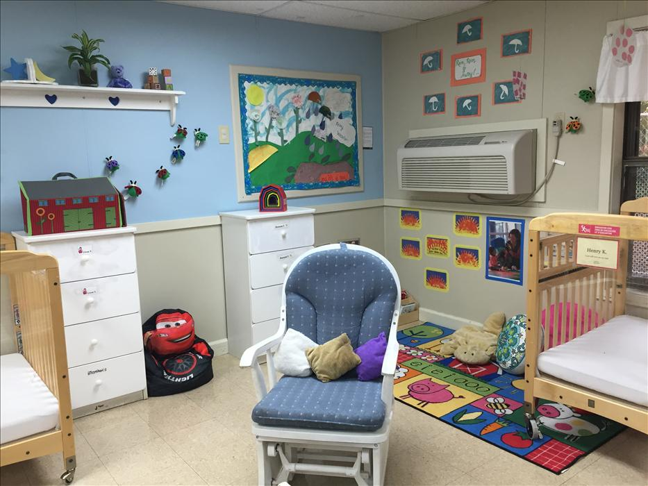 Chapel Hill KinderCare image 9