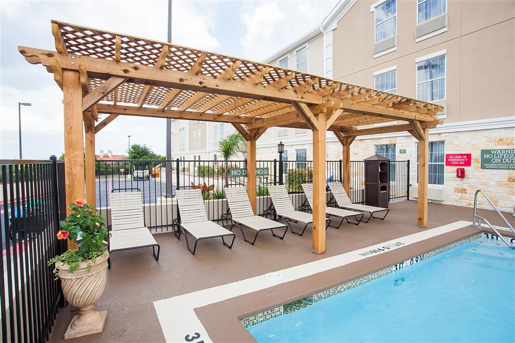 Best Western Plus Georgetown Inn & Suites image 7
