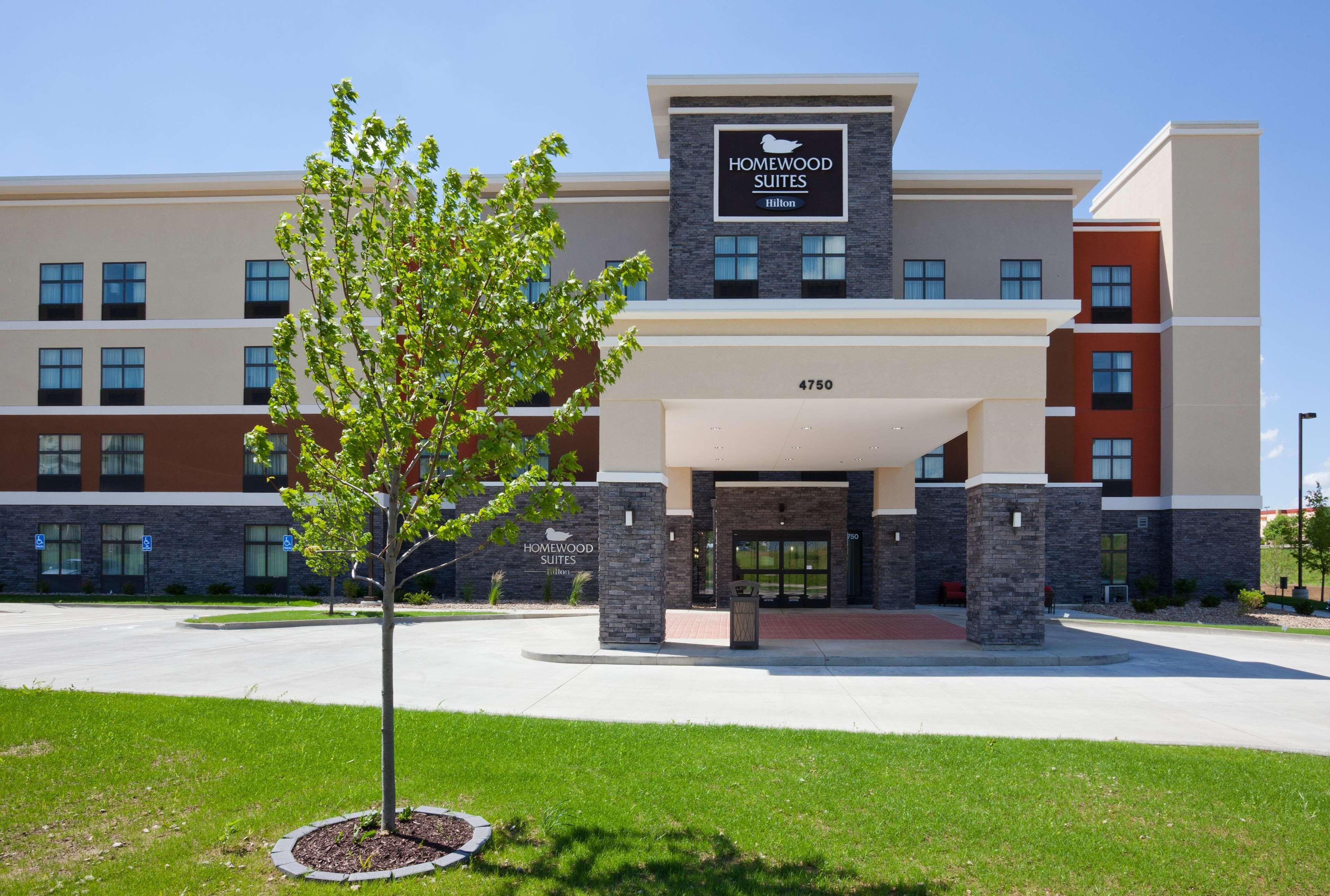 Homewood Suites by Hilton Davenport image 13