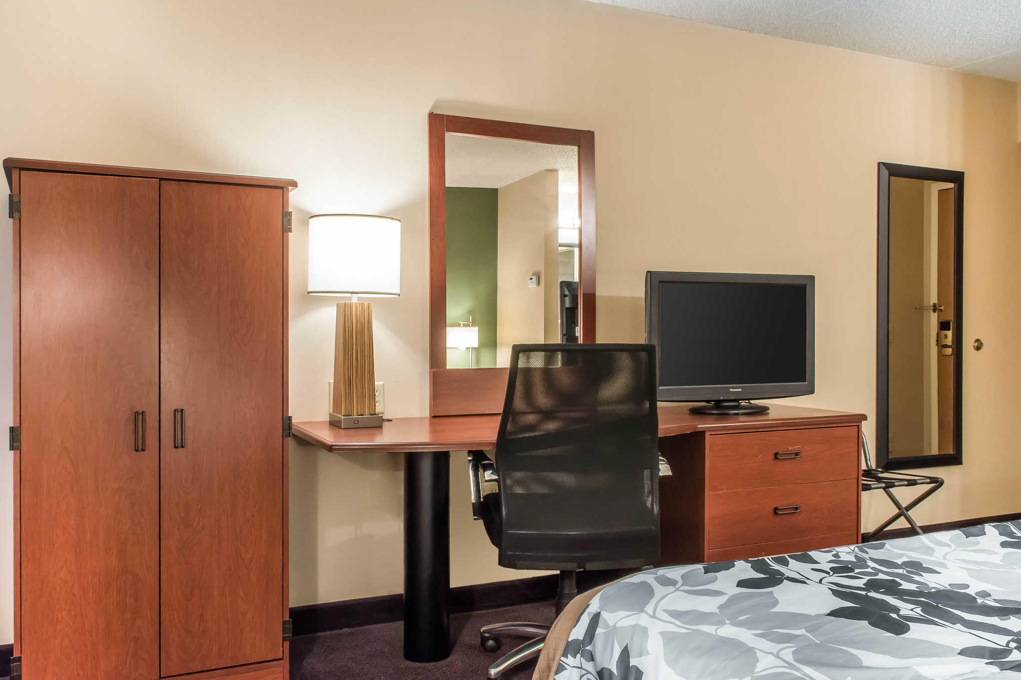 Sleep Inn & Suites of Lancaster County image 17