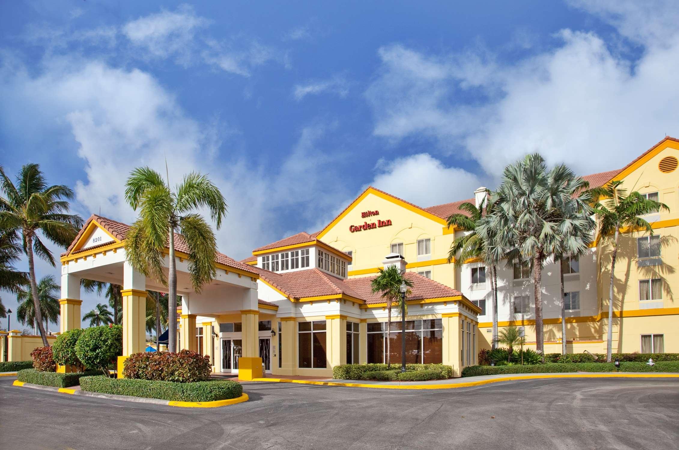 Hilton Garden Inn Boca Raton image 4