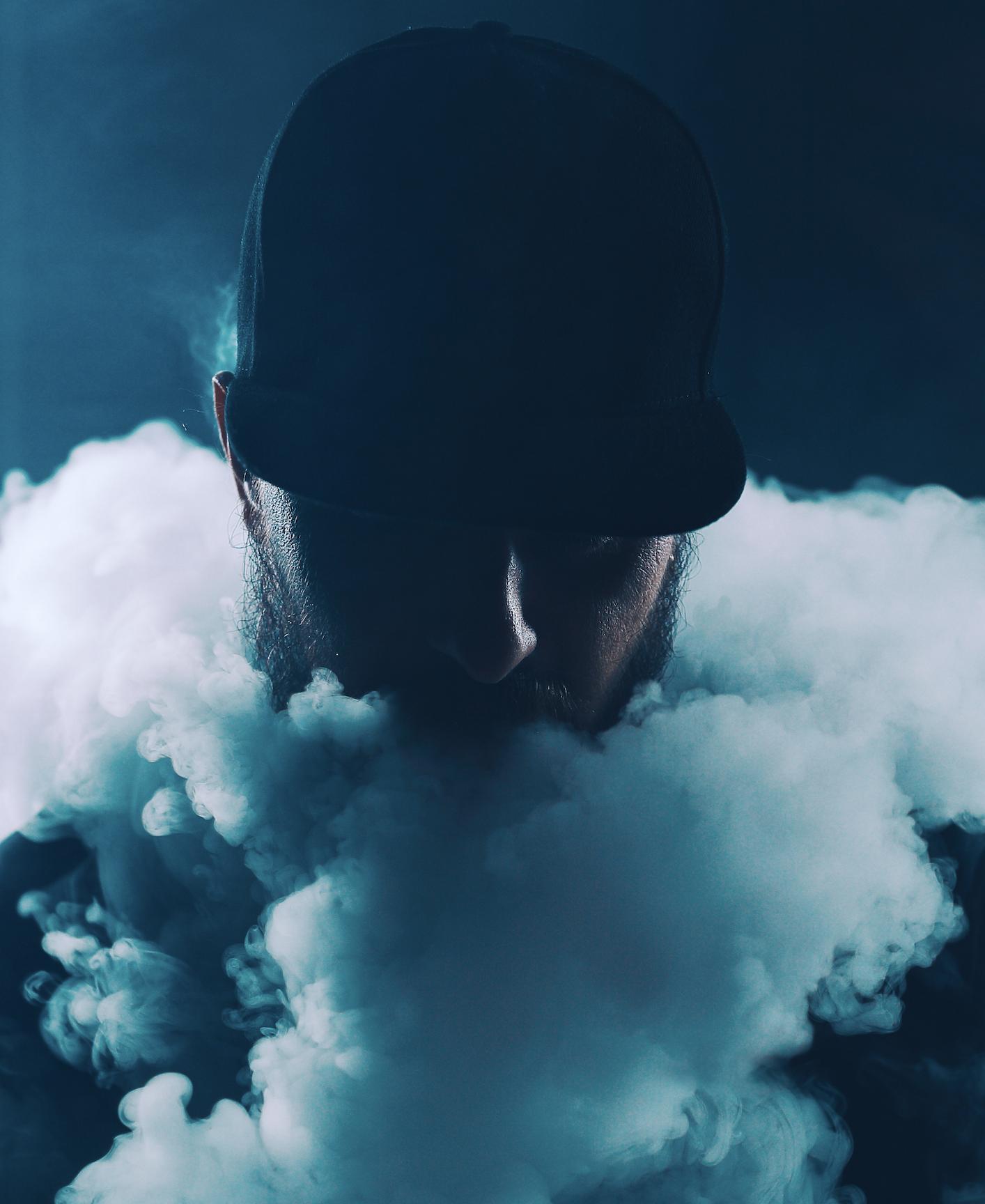 BLUEMOON SMOKE SHOP image 0